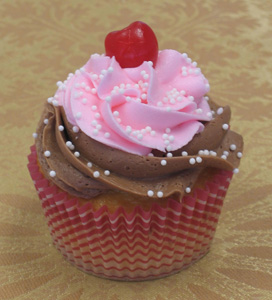 Sweetheart Strawberry Sundae Cupcake